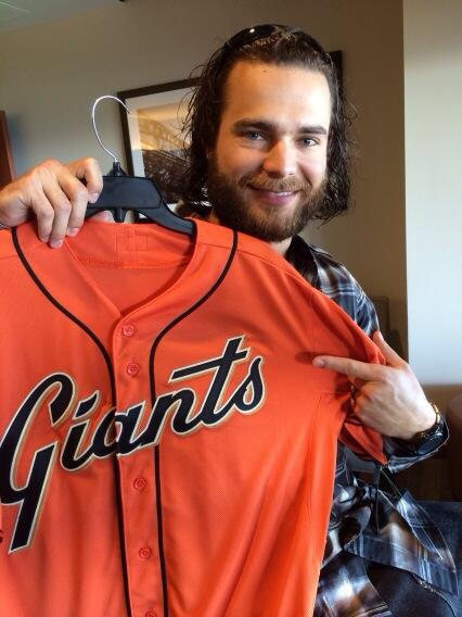 The San Francisco Giants have a new orange jersey for the 2014 season.