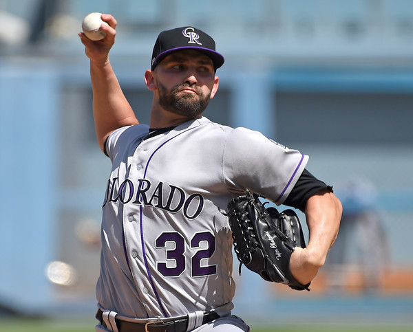 Tyler Chatwood signs 3-year, $38 million deal with Cubs