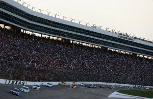 Weather threatens NASCAR Duck Commander 500 Sprint Cup race at Texas