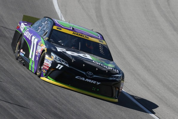 Denny Hamlin wins at Chicagoland, NASCAR results for ...