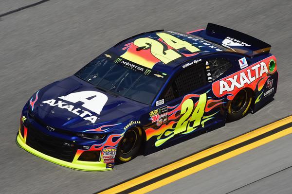 Alex Bowman wins pole for Daytona 500