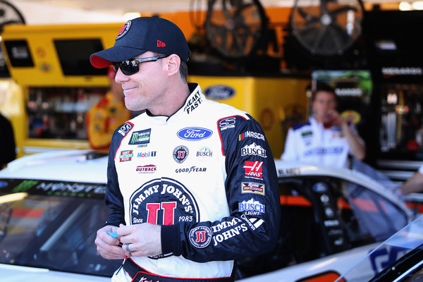 Kevin Harvick blames social media for NASCAR penalties following Las Vegas