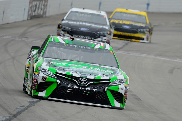 Kyle Busch win at Texas 1st this season for Joe Gibbs Racing